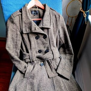 Suzy Shier Fall / Winter Houndstooth Trench